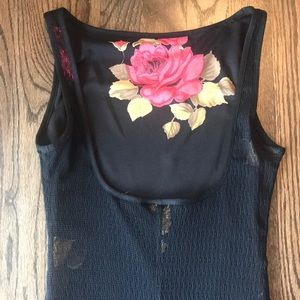 bebe midi dress roses with overlay size Small